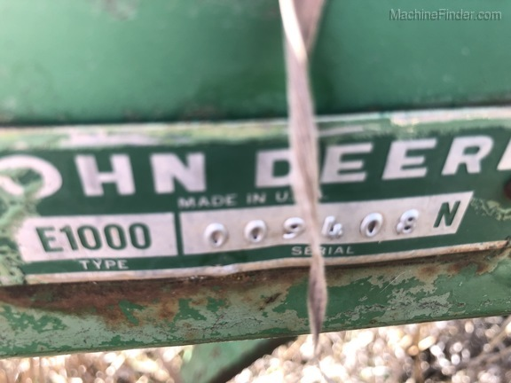 John Deere 1000
