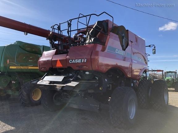 2012 Case 8120