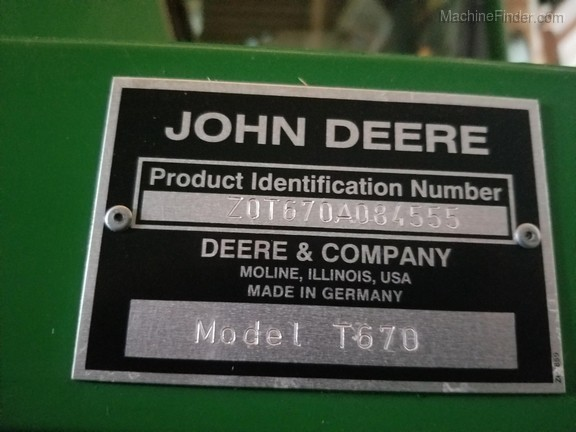 2009 John Deere T670