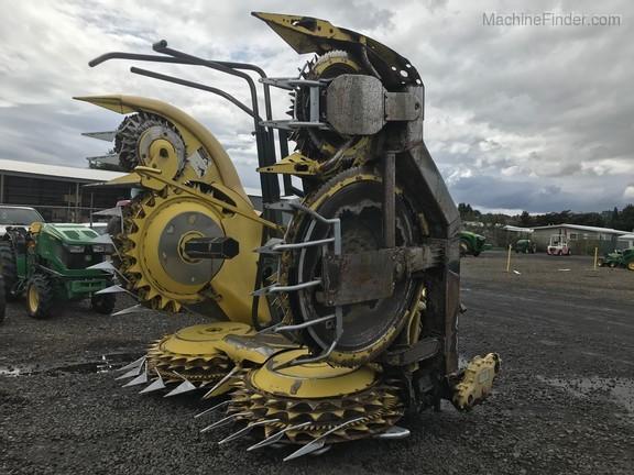 2012 John Deere 770