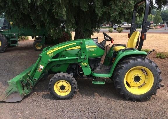 John Deere 3 Series Compact Tractor