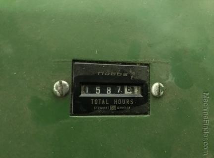 1975 John Deere 2270