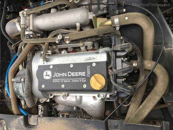 2013 John Deere 825I