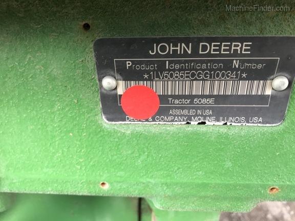 2015 John Deere 5085E