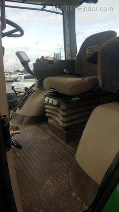 2012 John Deere 7230R