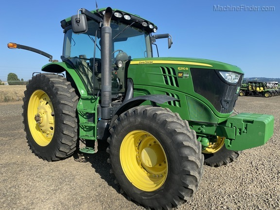 2012 John Deere 6210R