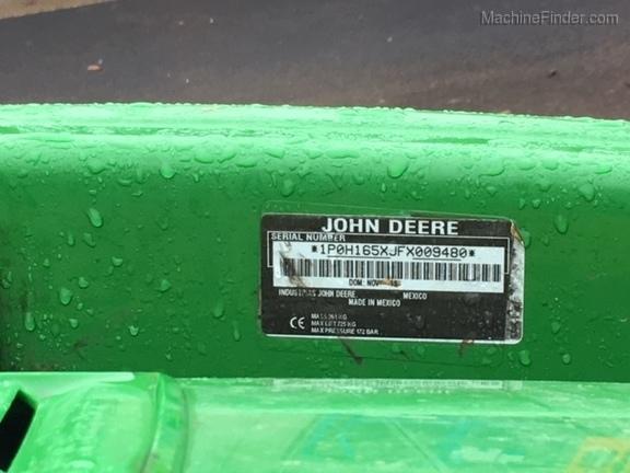 2016 John Deere 3033R