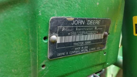 2010 John Deere 7230R