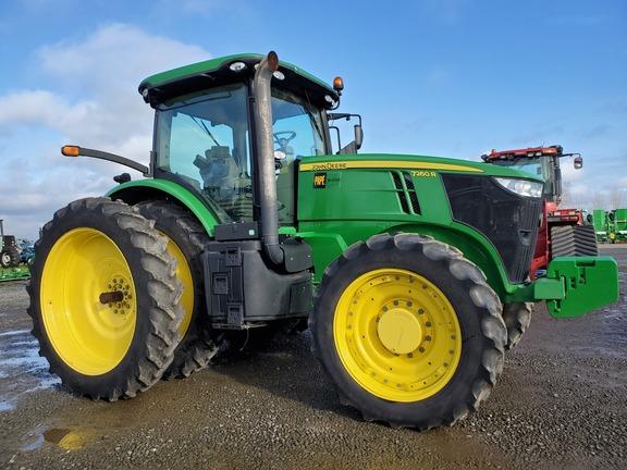 2011 John Deere 7260R