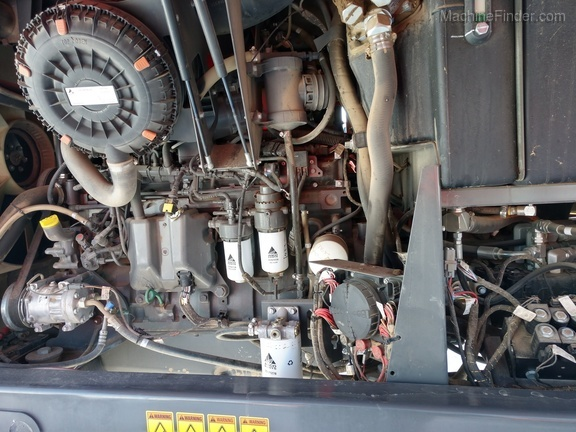 2016 Massey Ferguson WR9870