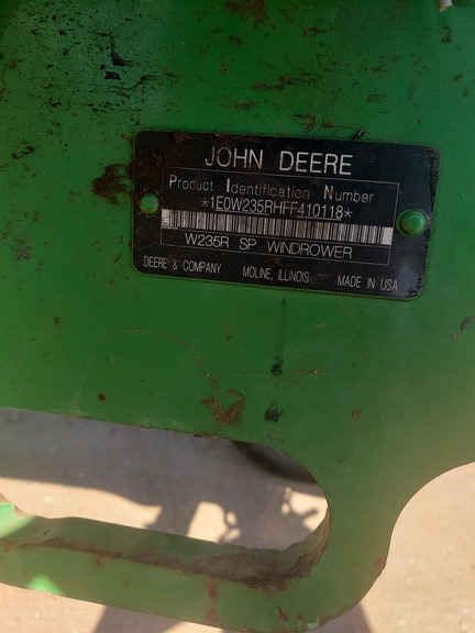 John Deere W235