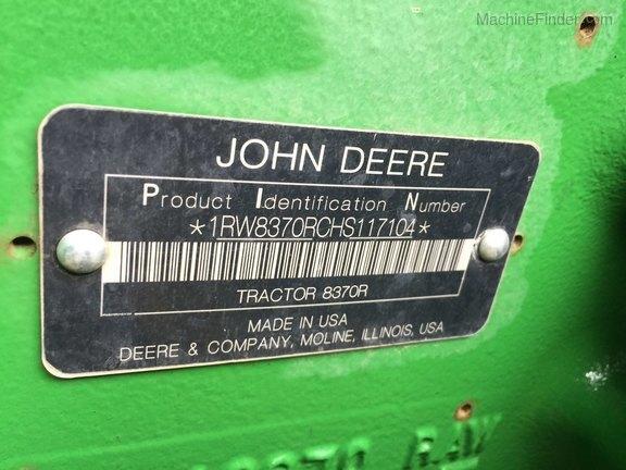 2017 John Deere 8370R