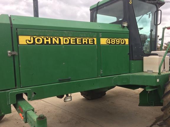 1998 John Deere 4890