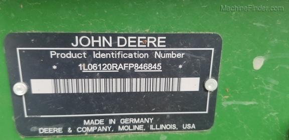 2015 John Deere 6120R
