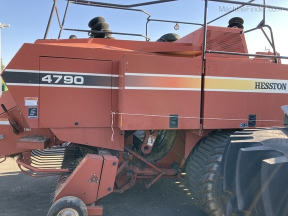 1999 Hesston 4790