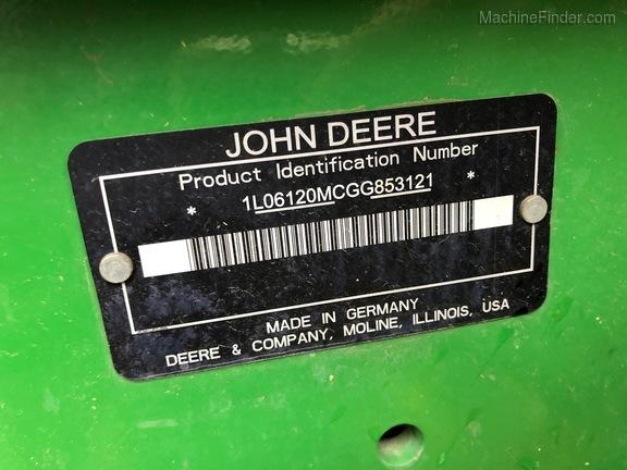 2016 John Deere 6120M