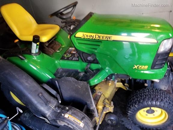 2007 John Deere X728