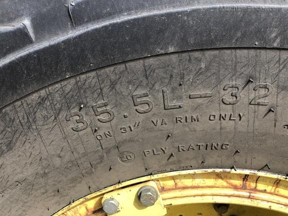 2002 John Deere 9560