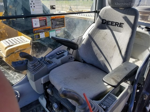2013 John Deere 290GLC