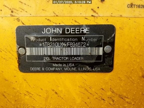 2018 John Deere 210L