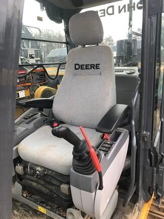 2019 John Deere 380GLC