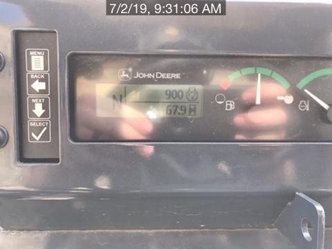 2019 John Deere 210L