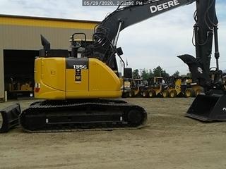 2020 John Deere 135G