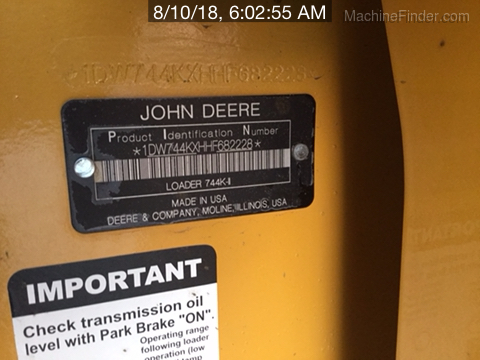 2017 John Deere 744KII