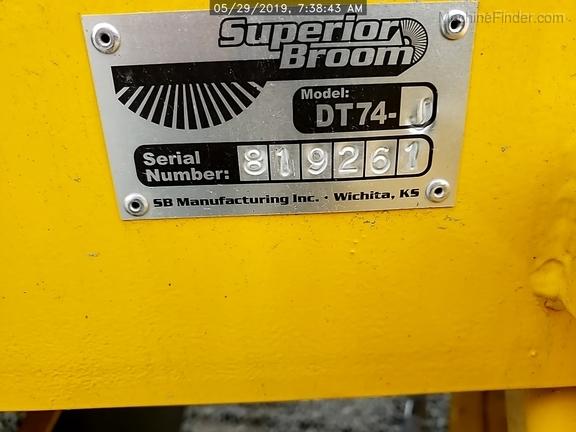 2018 Superior Broom DT74J