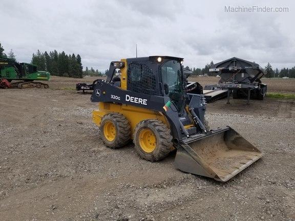 2019 John Deere 320G