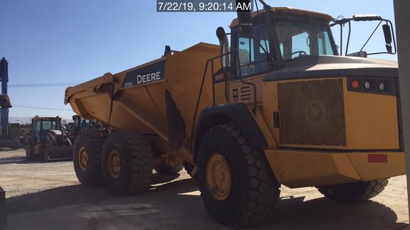 2014 John Deere 370E