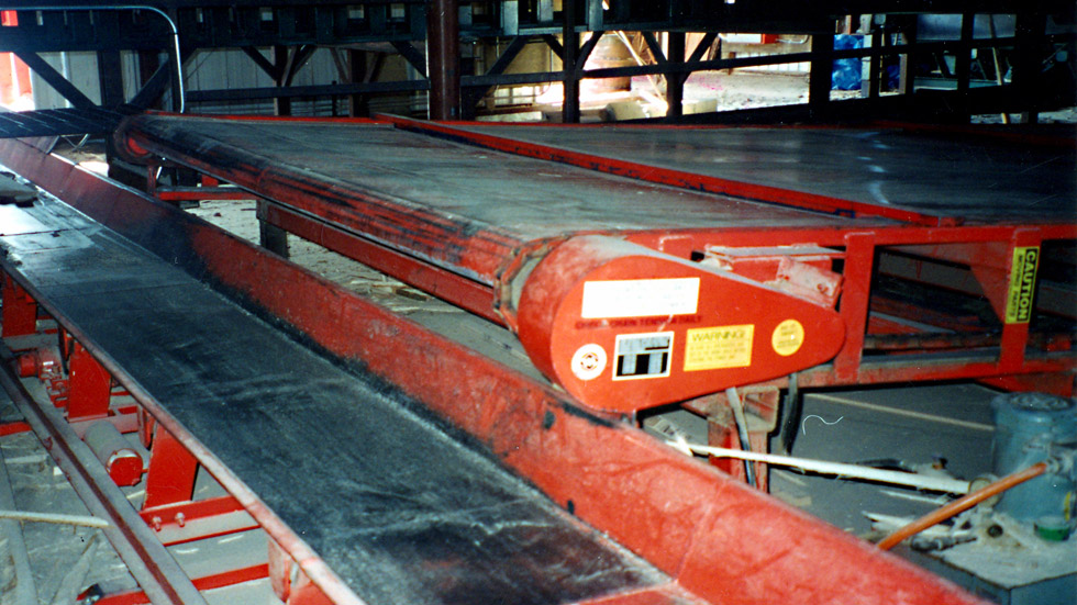 Morbark Vibrating Conveyor