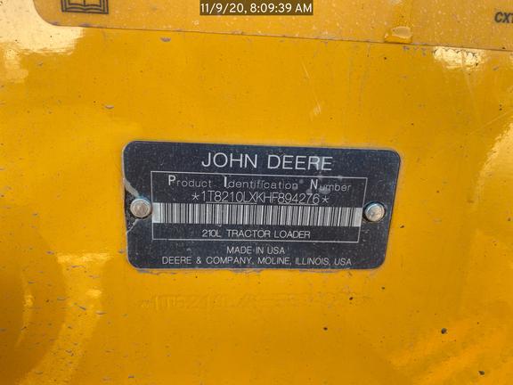 2017 John Deere 210L
