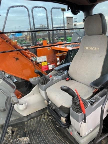 2019 Hitachi ZX1306