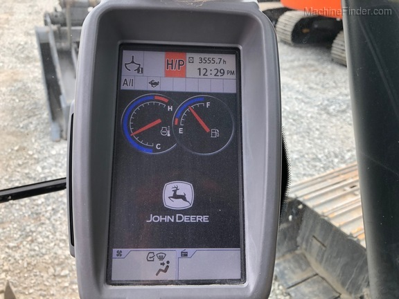 2013 John Deere 210G