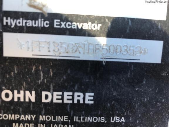 2017 John Deere 135G