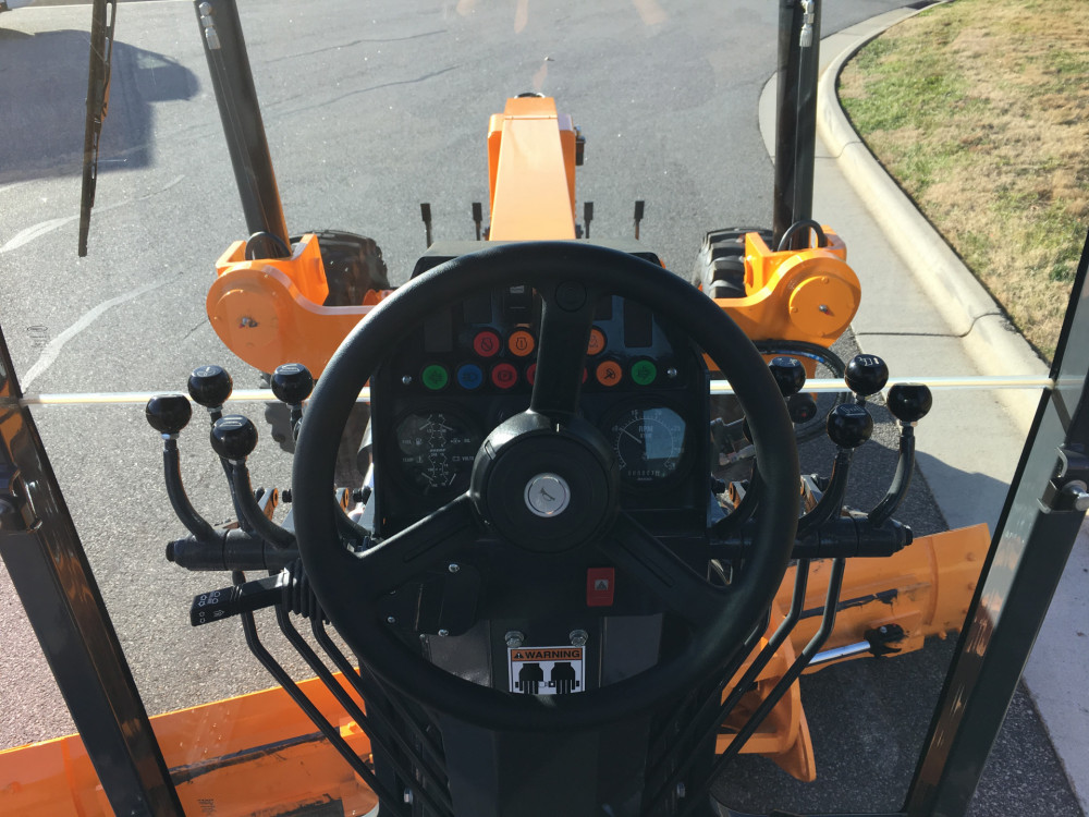 Leeboy Motor Grader 695