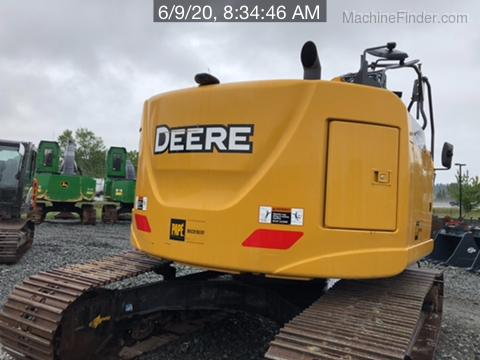 2016 John Deere 245G