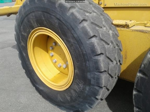 2012 Caterpillar 160M2