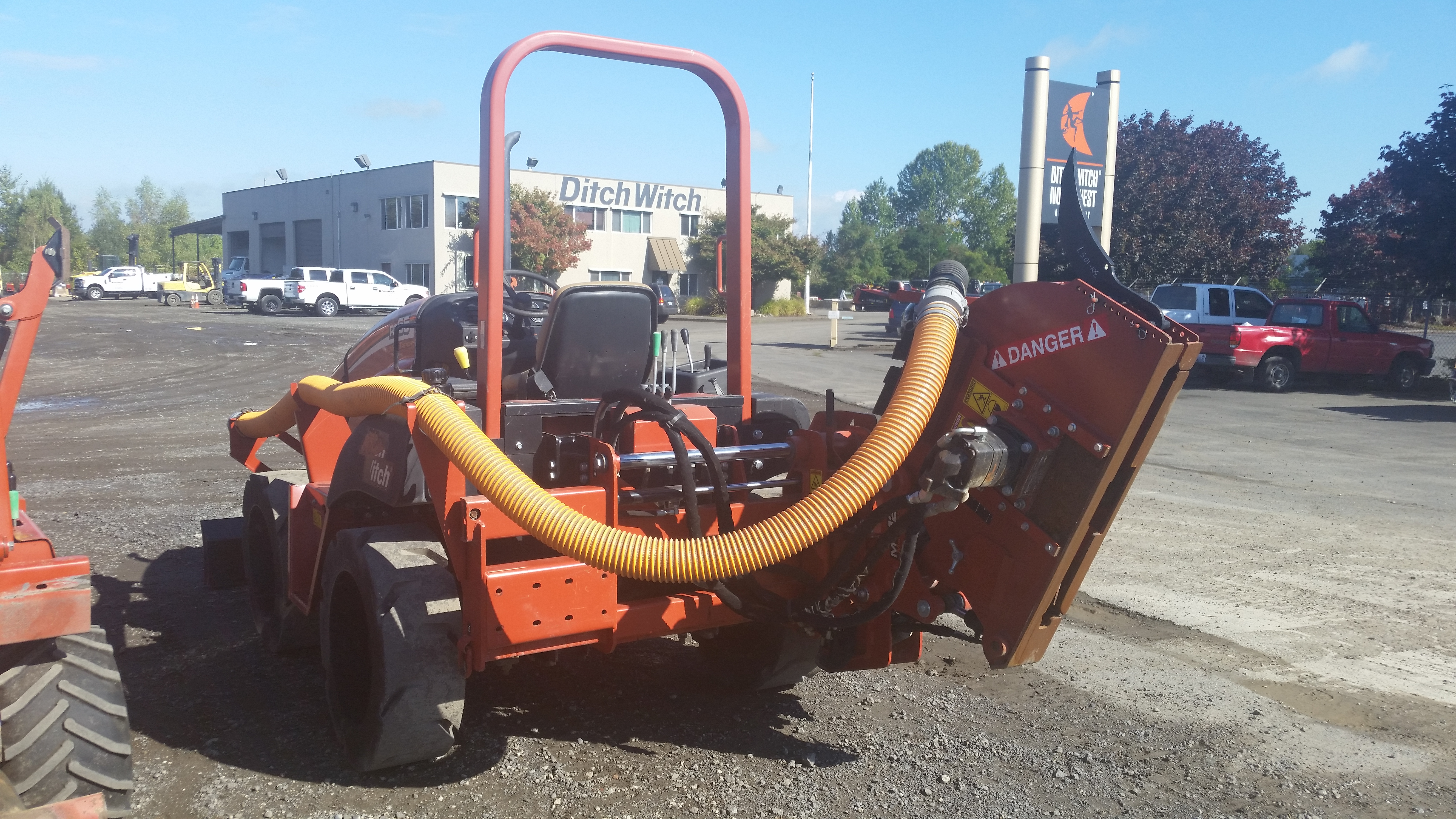 Ditch Witch RT55H