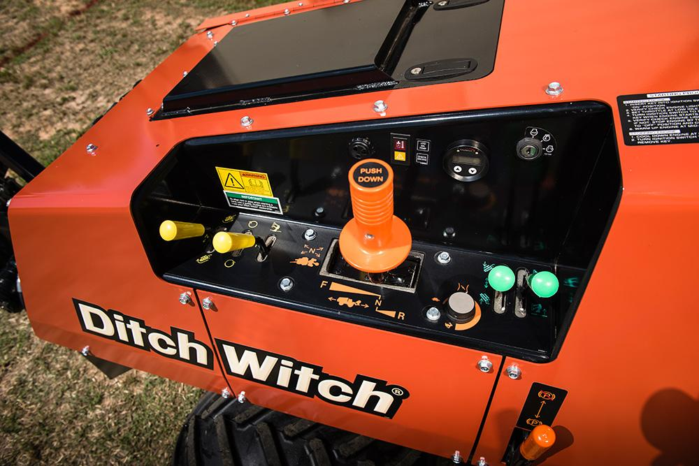 Ditch Witch 410SX Vibratory Plow