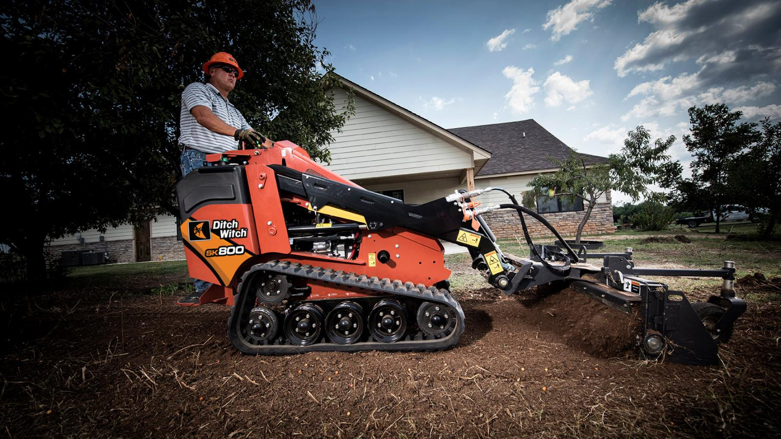 Ditch Witch SK800 Mini Skid Steer