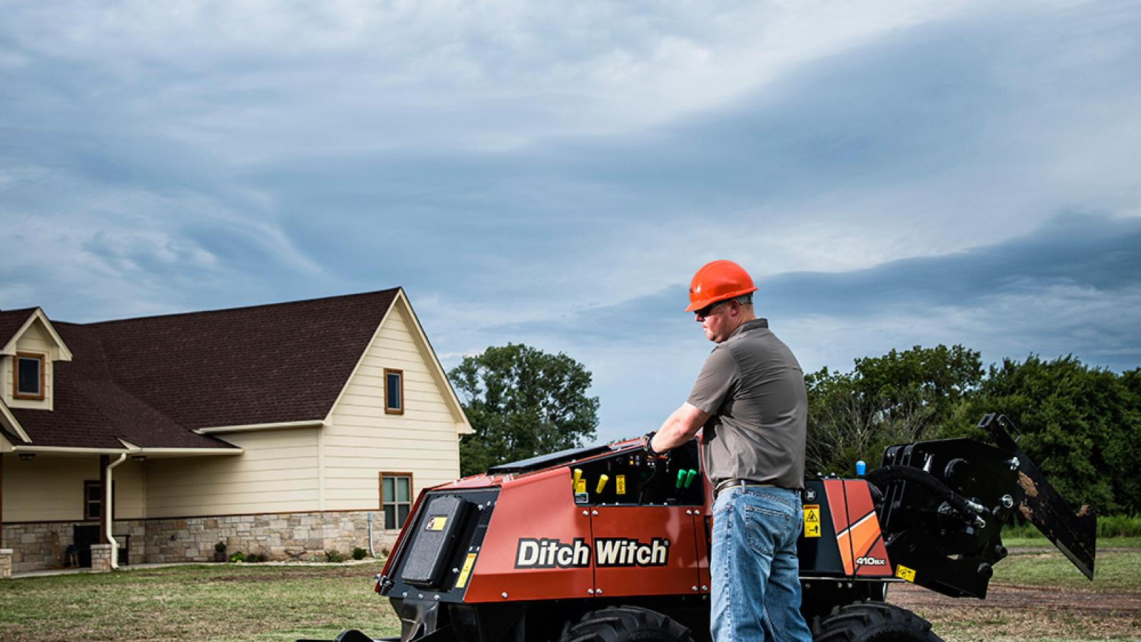 Ditch Witch 410SX Vibratory Plow