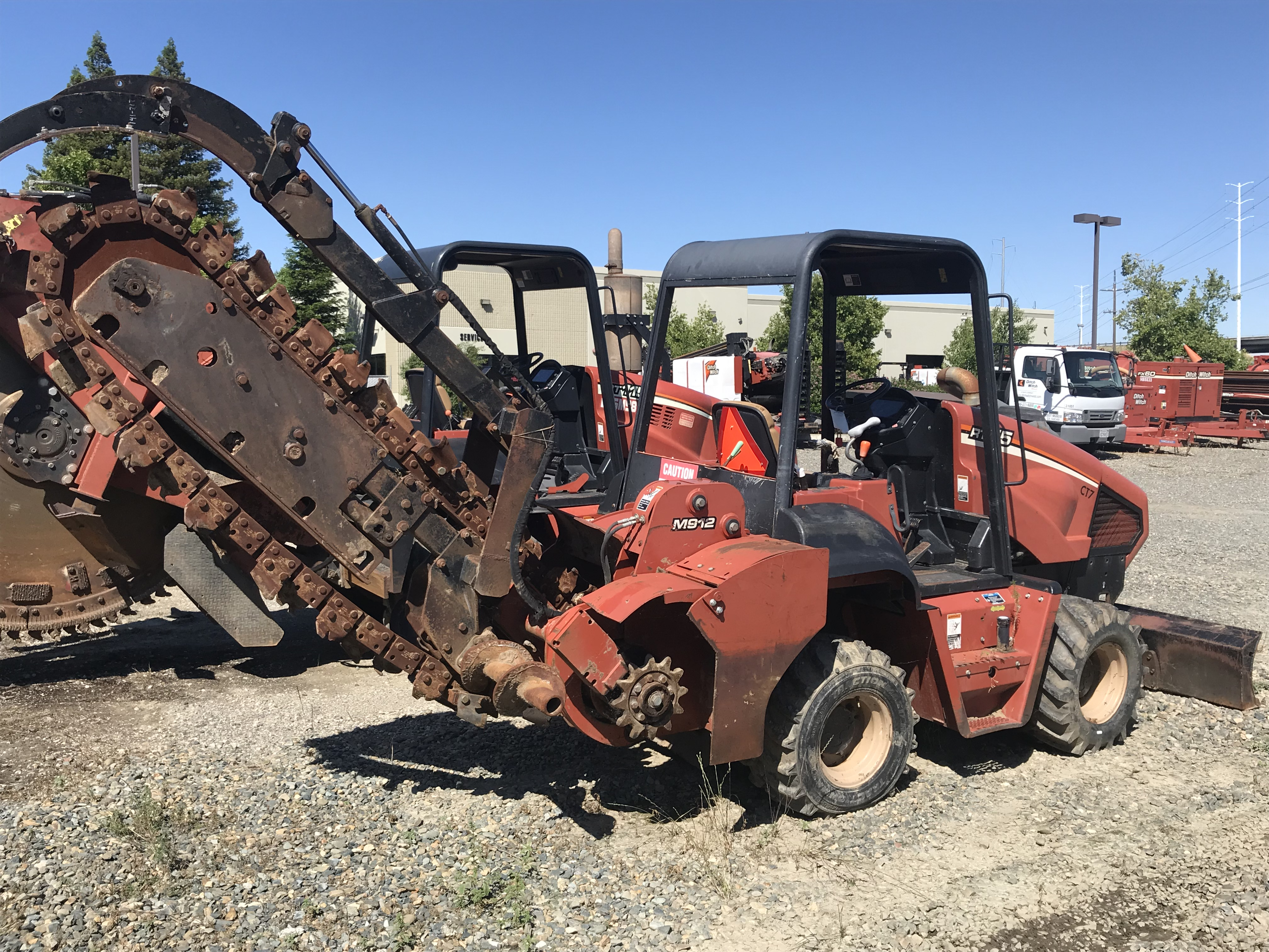 2005 Ditch Witch RT75M