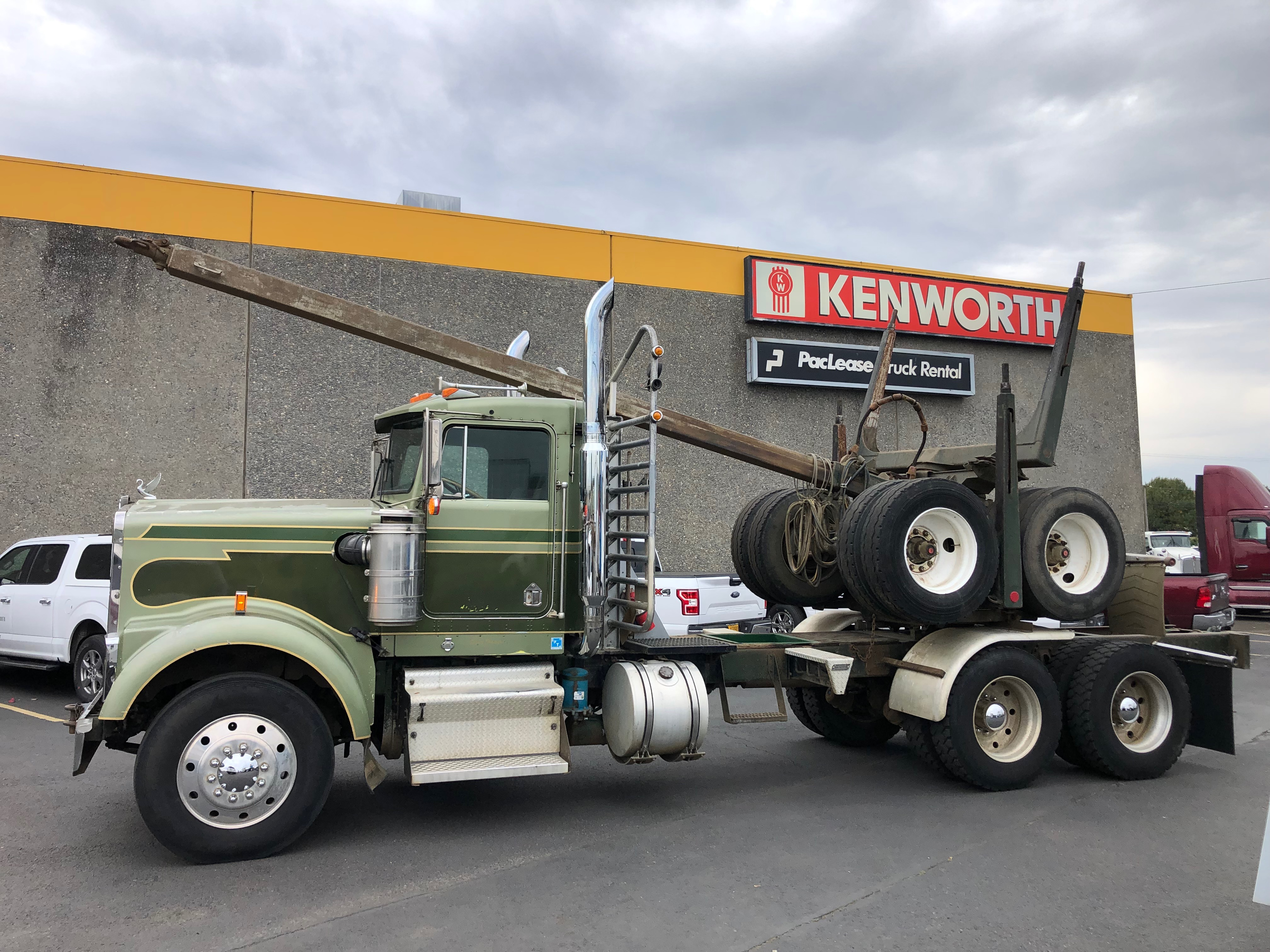 1990 Kenworth W900B