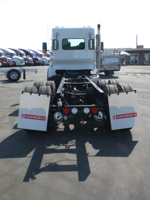 2022 Kenworth T440