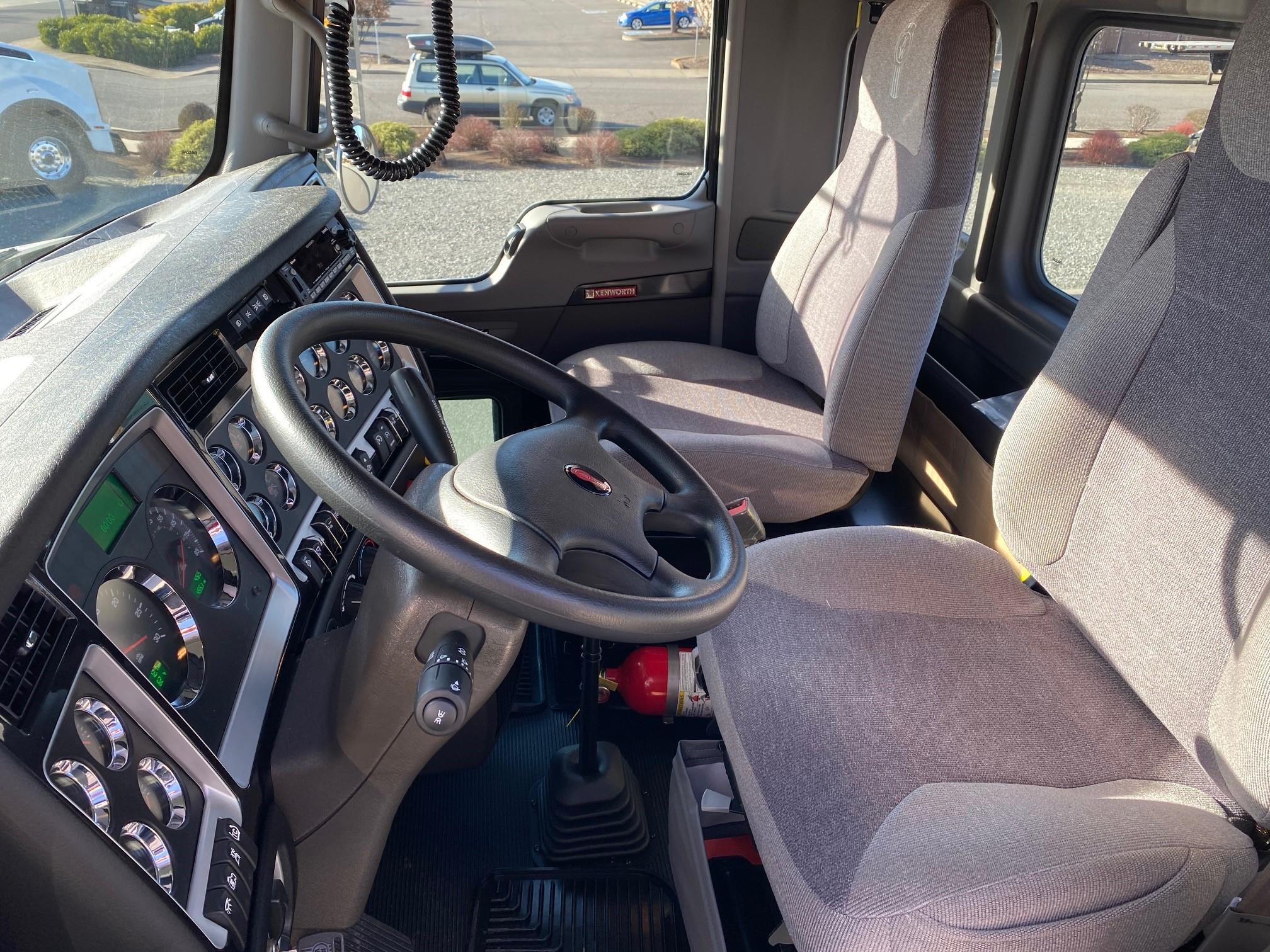 2021 Kenworth T800