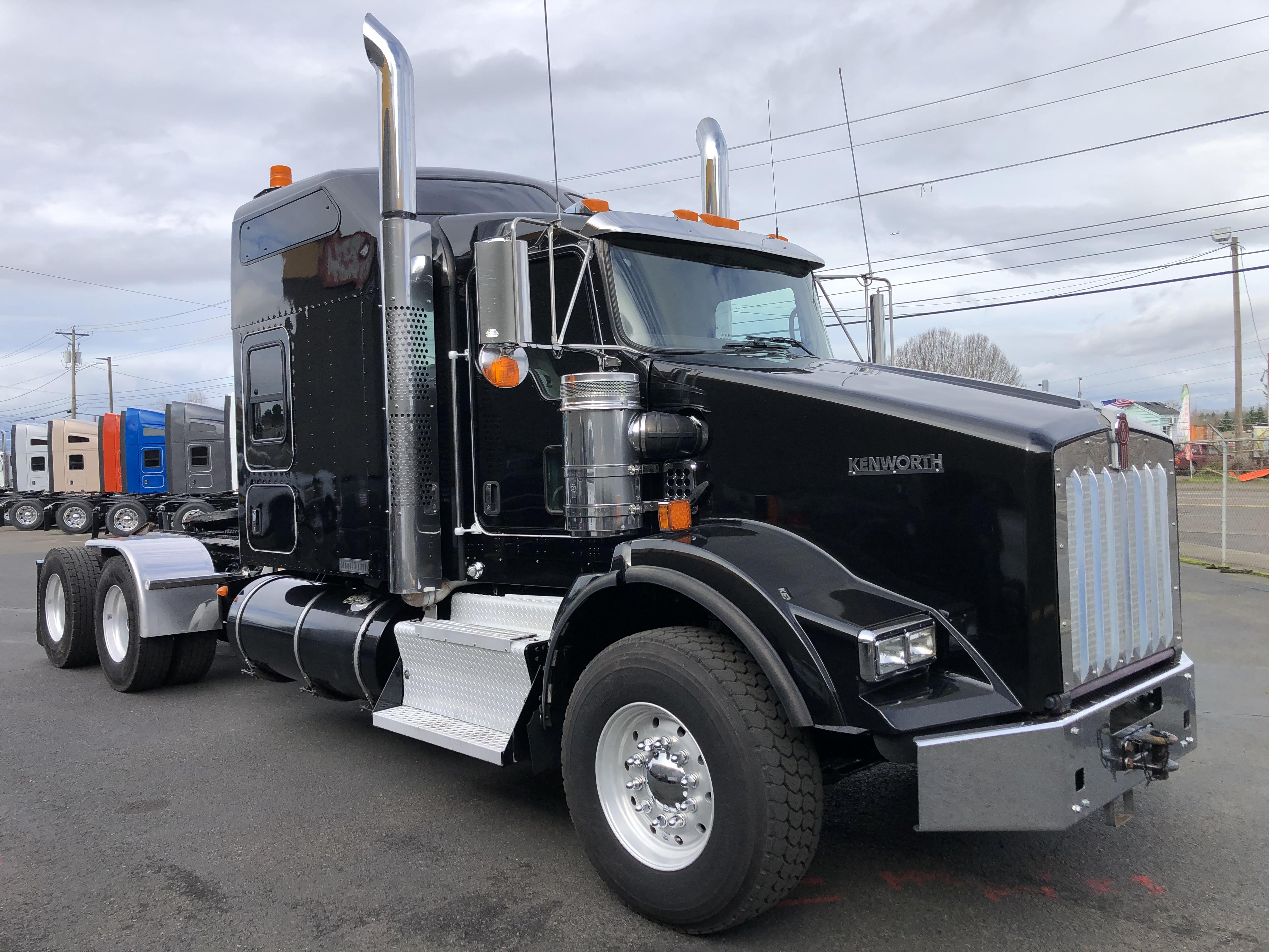 2017 Kenworth T800B