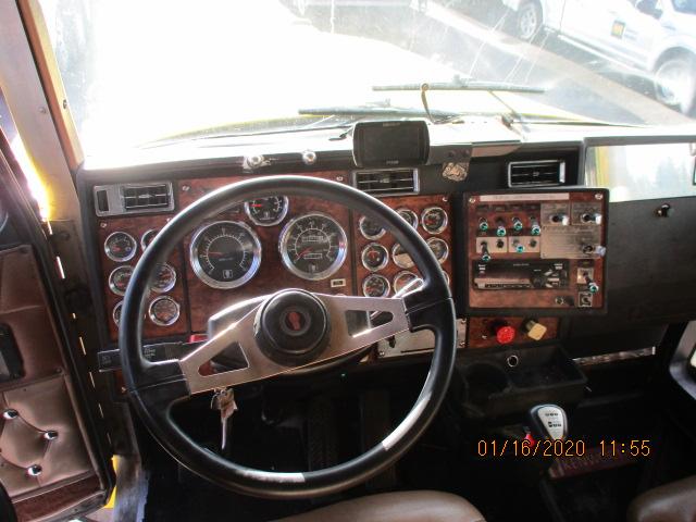 2000 Kenworth W900L