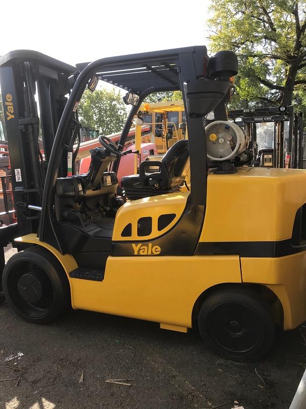 2012 Yale GLC155
